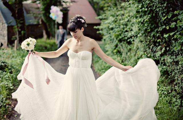 Alix und Emmanuel's Traumhochzeit in Frankreich - Hochzeitskleid