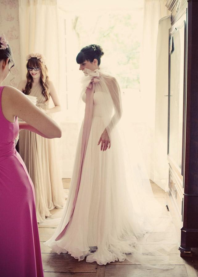 Alix und Emmanuel's Traumhochzeit in Frankreich - Das Hochzeitskleid