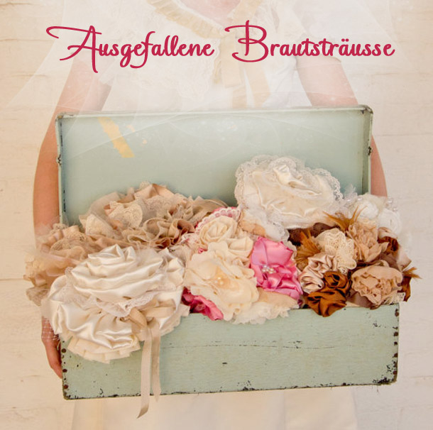 Ausgefallene Brautstraeusse aus Papier, Stoff, Filz, Perlen, Seide