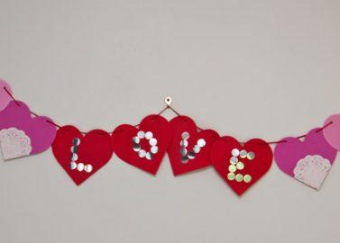 DIY: Hängende DIY Herzgirlande 'LOVE'