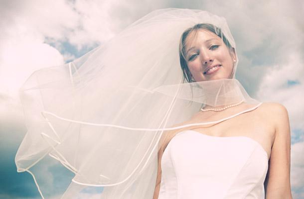 Noivas e vestidos deslumbrantes ..penteados ..joiasn ( ou por ai perto ) - Página 2 10_9_11_artikel