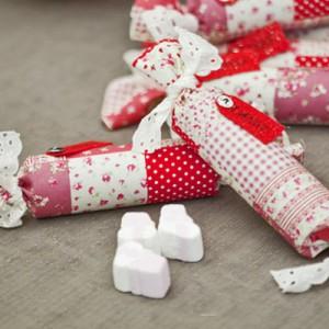 DIY - Weihnachtliche Marschmellow-Hochzeitsbonbons