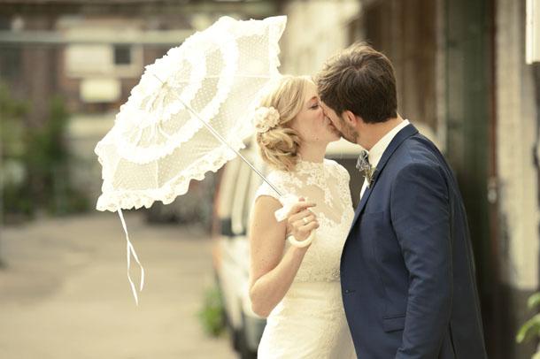 Romantische Kölner Innenhof Hochzeit von Tali Hochzeitsfotografie