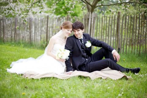 DIY-Hochzeit in einer Mosterei von Stennie Photography