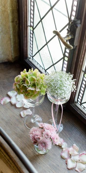 Romantische Schloss Neuhaus Hochzeit von Rebecca Conte