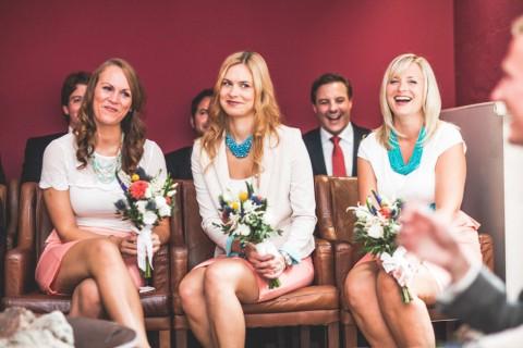 Shabby-chic Chiemsee Hochzeit von Lebendige Fotografie Hannah L
