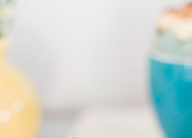 Bunte Tiramisu-Cupcake Ostereier