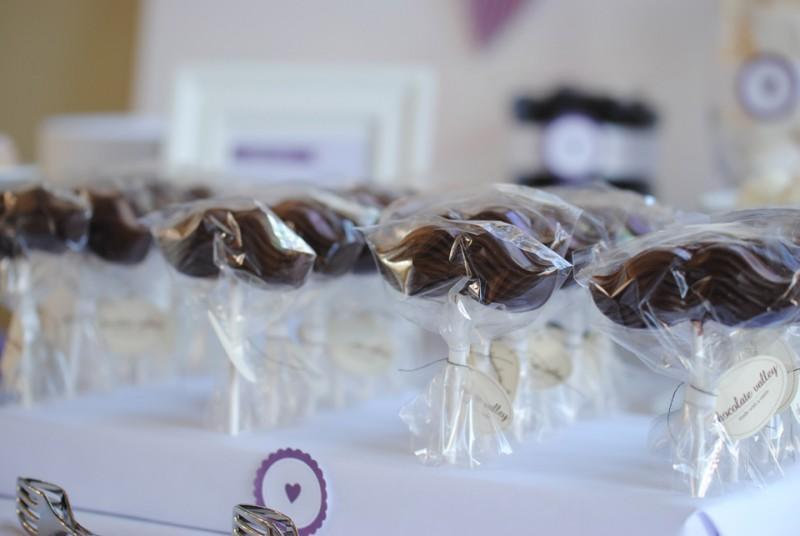 chocolate valley – personalisierte Hochzeitspralinen aus einer kleinen Schokoladen-Manufaktur