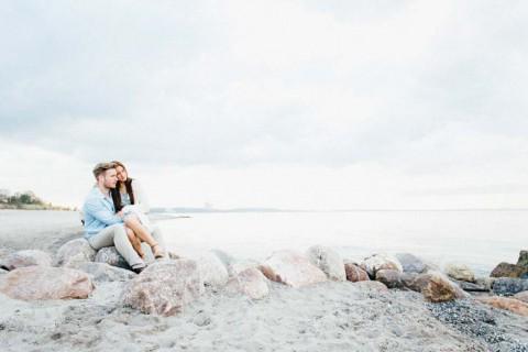 Bezauberndes Love-Shooting am Strand