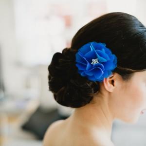 Ein Hochzeitskonzept in der Trendfarbe Blau von Schönmich Accessories und Ishtar Najjar Fotografie