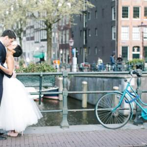 Farbenprächtige Bridal-Inspiration in Amsterdam von Mirjam Shah Wedding Guru