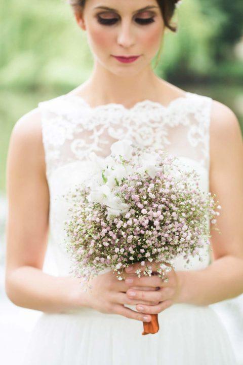 Ein sommerlich-romantisches Teeparty-Hochzeitskonzept