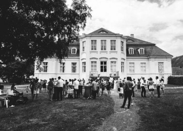 Rustikal-gehaltene Schloss Reckahn Hochzeit