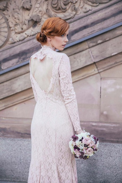 Elegant-verspielte Brautkleider im Vintage Stil von Fräulein Liebe