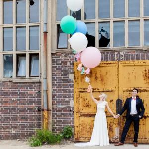 Sophia & Ivan's romantische DIY-Hochzeit von timjudi photography