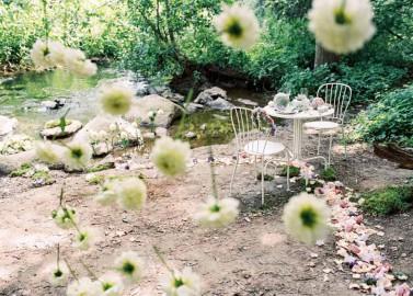 Hochzeitsinspiration: Romantisch und geheime 'Freie Trauung'