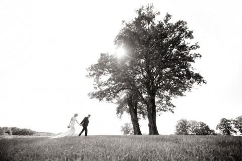 Elegantes Hochzeitsvergnügen auf Gut Sonnenhausen von Trauwerk und Frau Schokolinse