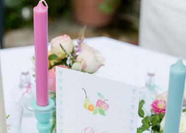 Sommerfrischer Blumen-Probetisch von Die Kathe