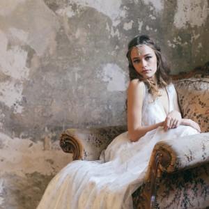 Sinnliche Brautmode von Fräulein Liebe