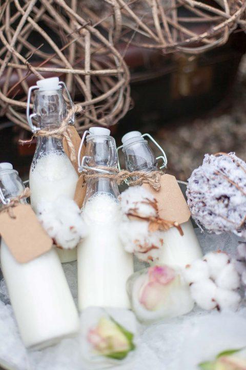 Süße Winterhochzeitsinspiration im rustikalem Stil