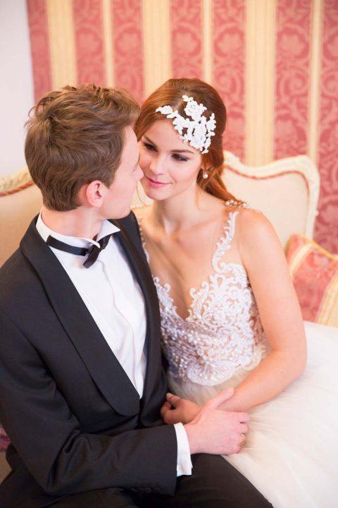 Smaragdgrün und Gold – Charmantes Hochzeitskonzept in der Spanischen Hofreitschule Wien