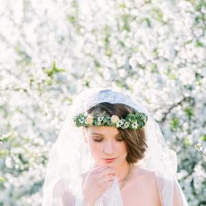 Hochzeitliches Frühlingserwachen in der Kirschblütenplantage Heidenau