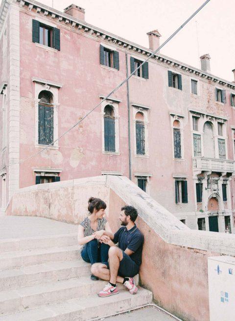 Eine sommerlich, französisch inspirierte Hochzeitsinspiration