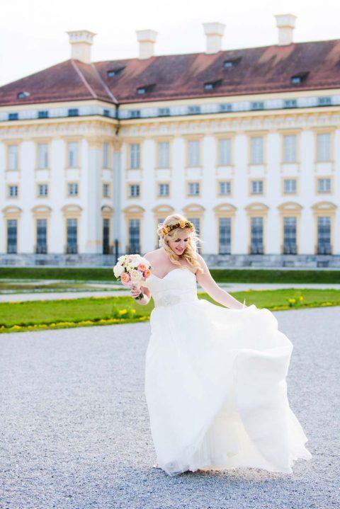 Frühlingsvergnügte Traumhochzeit im Schloss Schleißheim