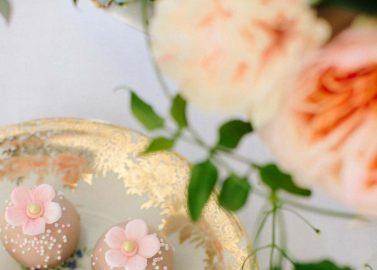 Pfirsich und Blush - eine anmutige Farbkombination für romantische Sommerhochzeiten