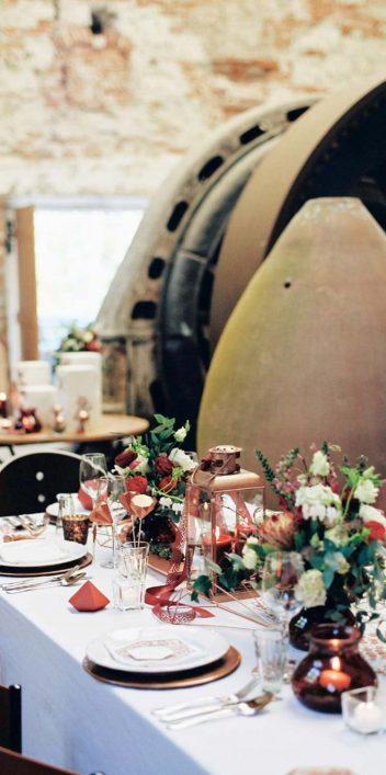Geometric Love: Urbane Hipster-Hochzeit mit geometrischen Details