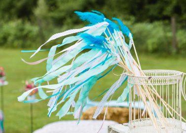 DIY-Wedding Wands! Zauberhafte Dekoration für Boho-Hochzeiten
