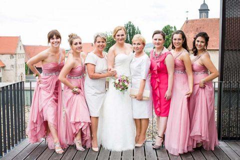 Glamour, Gold und ein Hauch Rosé: Eine elegante Hochzeit in schillernden Farben