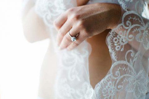 Verführerische Romantik am Hochzeitsmorgen
