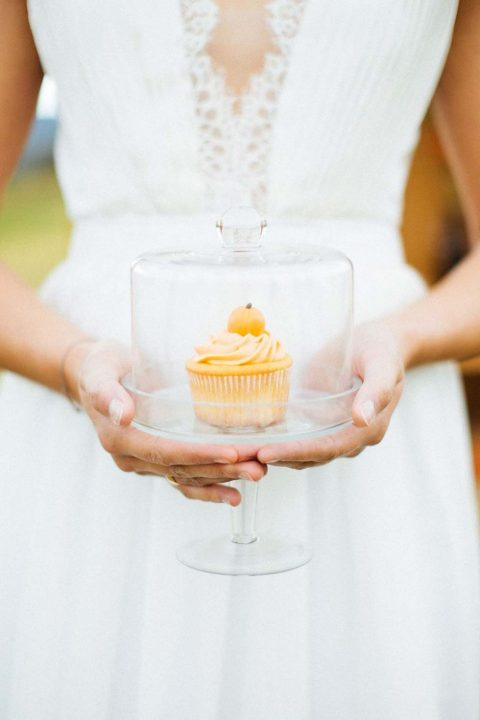 Herbstliebe: Romantisch heiraten im goldenen Oktober