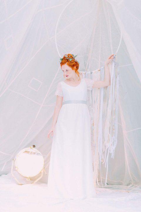 Federleicht: Eine neue Brautkleider-Kollektion von noni