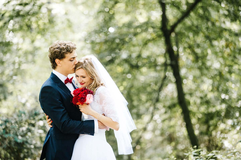 Karolina & Nicolas: Urbaner Hochzeitstraum in Berlin