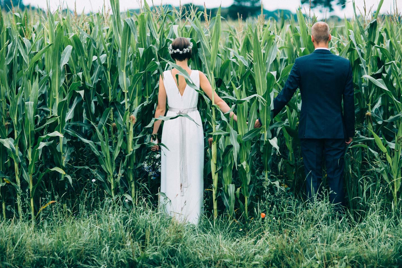 Jana & Julian: Sommerhochzeit im Garten Eden