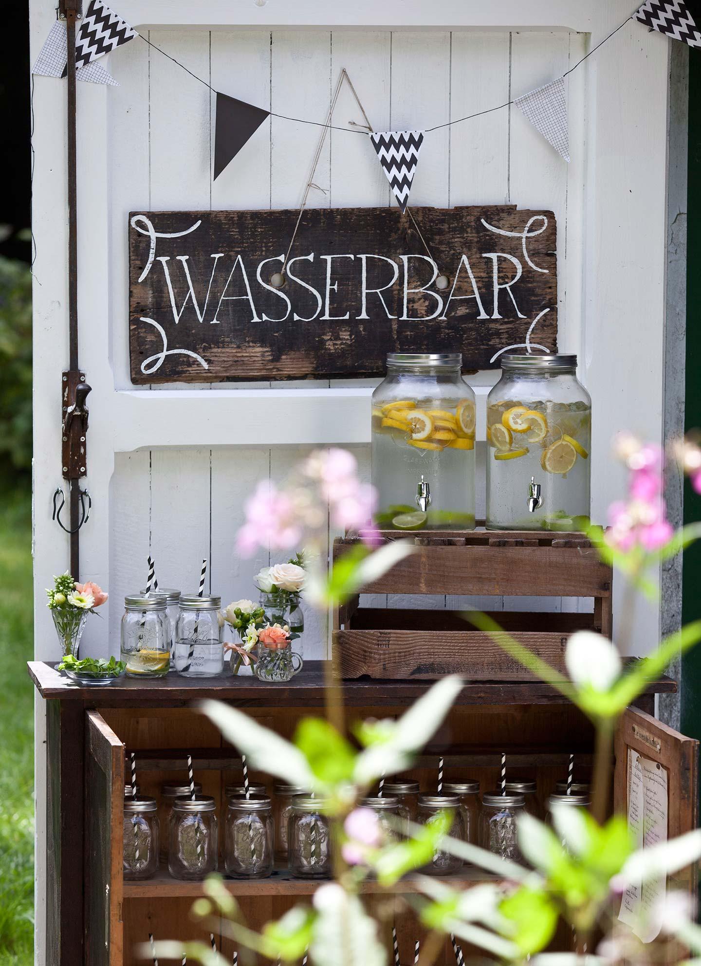 Wasserbar-1g-(Eileen-Maes-Hochzeitsfotografie)