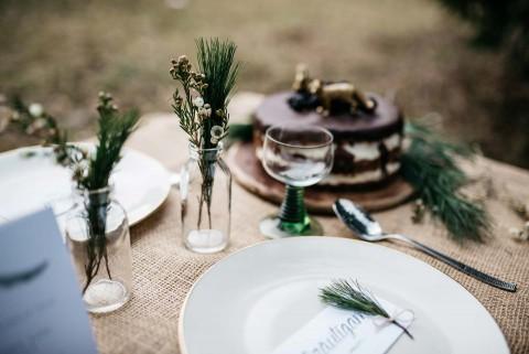 Black & White: Hipster-Hochzeitsinspiration im Winter