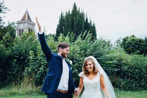 Clare & Chris: Shabby-Chic-Hochzeit im englischen Garten