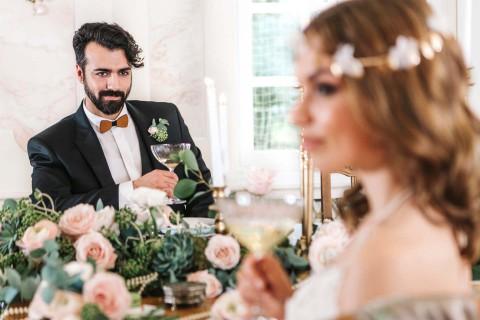 Glamouröse Nostalgie mit rosa Romantik