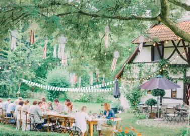 Verträumte Gartenhochzeit im Kirschhof Viersen