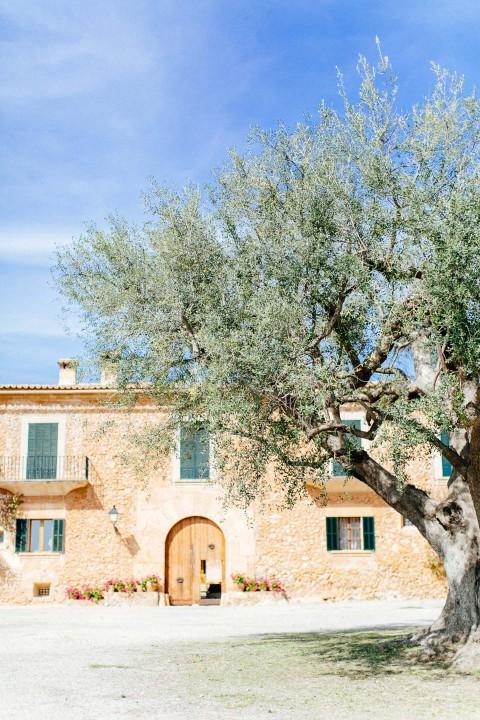 Christin und Michael: Natural Copper Glamour auf Mallorca