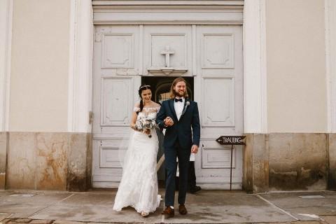 Natalie & Julian: Romantische Vintage-Hochzeit in Pastell