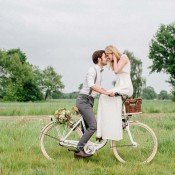 Sommerliches Hochzeits-Picknick im Gewächshaus