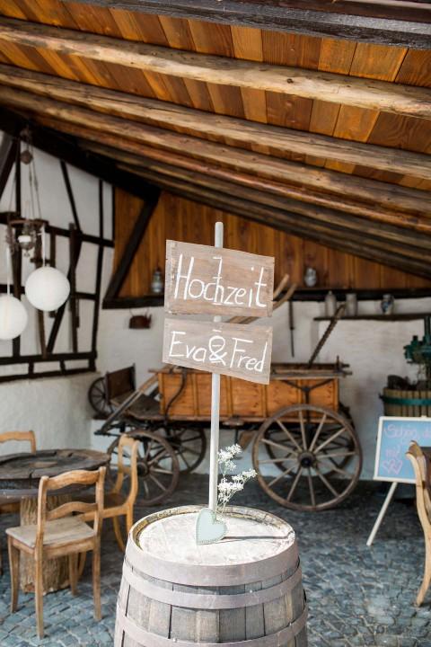 Eva & Frederik's Vintage-Liebe in Pastell
