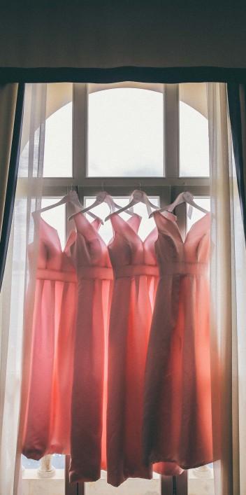 Brautjungfern Kleider in Korallfarben