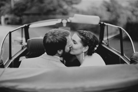 Eva & Martin: romantische DIY-Scheunenhochzeit