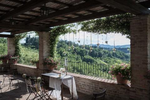 Mediterrane Finesse & pastellene Blütenromantik in Italien