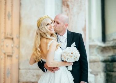 Valentina & Stefan: fürstliche Märchenhochzeit in Weiß und Gold